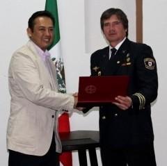 La Universidad ITUE, México, galardonó a Jaime Parejo