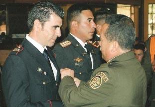 El bombero Javier Luque reconocido en Colombia como instructor de un método de búsqueda con perros Lunes, 08 de Noviembre de 2010 19:23 Redacción Diario Digital de Ecija