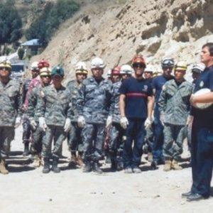 Jaime Parejo dirigiendo Brigada especializada Método Arcón de policías, militares y bomberos