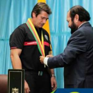 El Gobierno de EL Carmen, Ecuador, galardonó a Jaime Parejo