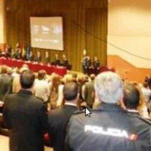 La Policía Local de Sevilla, España, galardonó a Jaime Parejo